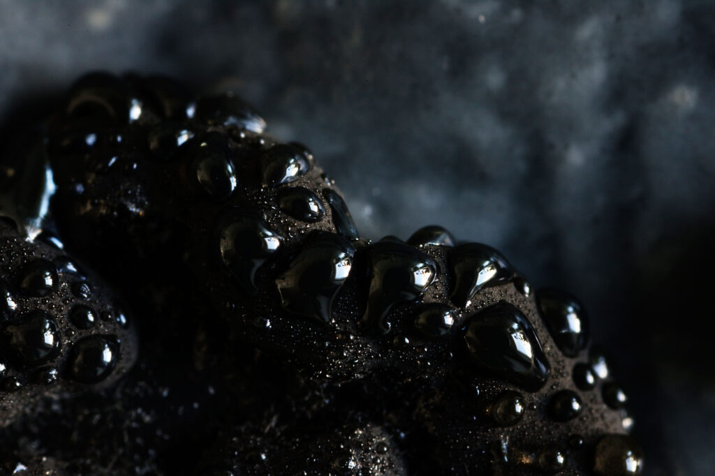 Black droplets. (15.10.2020)